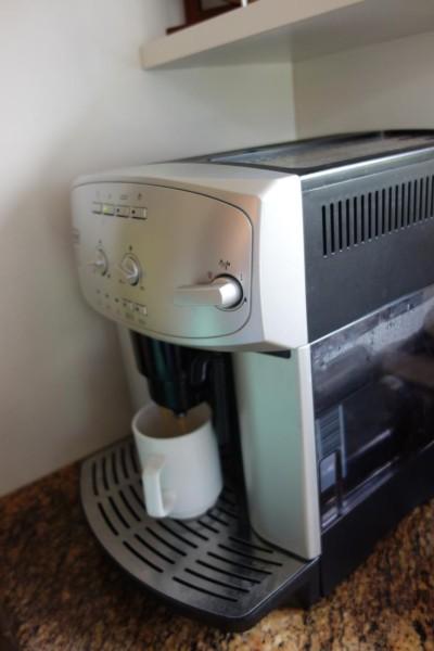 جهاز القهوه متوفر
