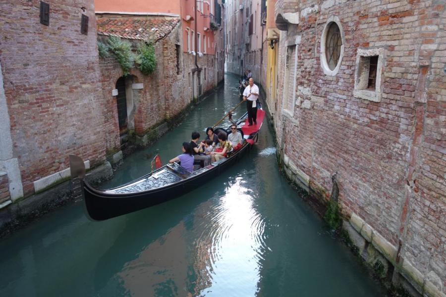 قارب فينيسا