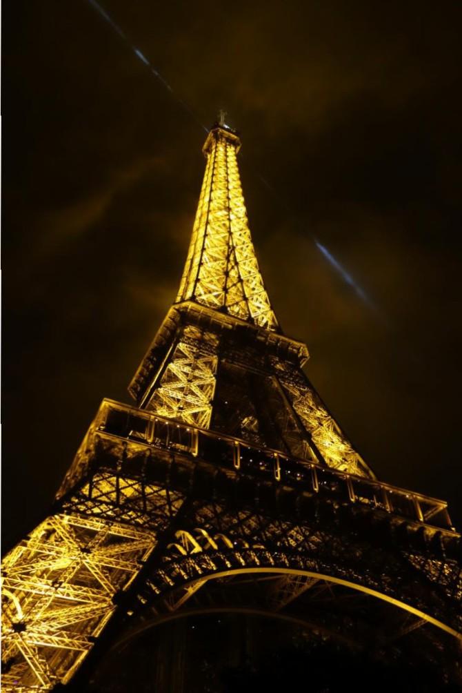 باريس ، عروس الغرب!