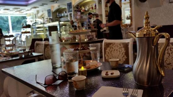 مقهى اوبرا في لندن
